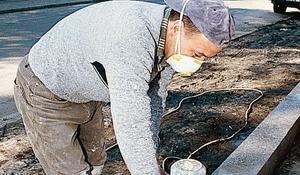 KROK IV - Szlifowanie betonowej podmurówki